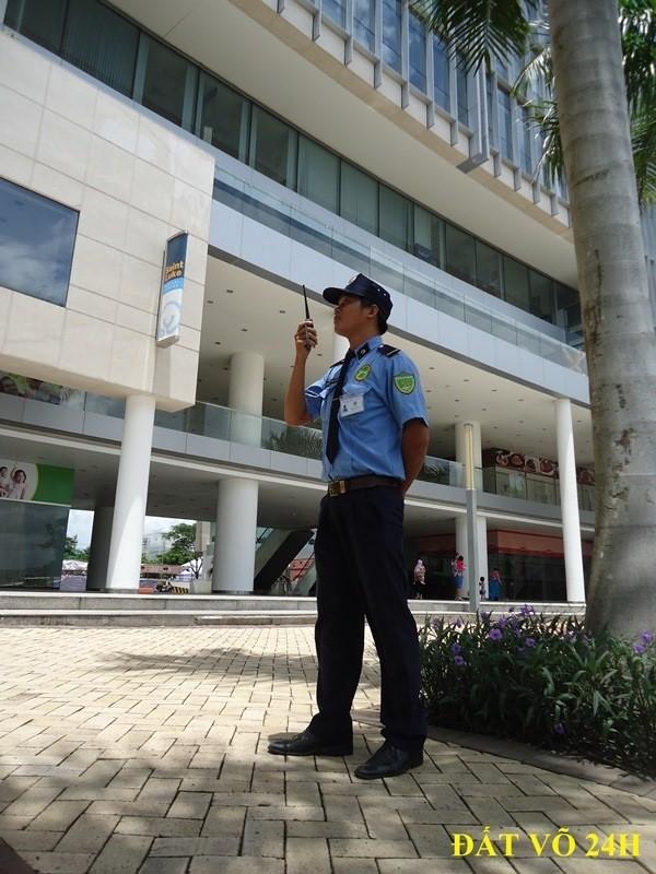 Dịch vụ bảo vệ chung cư góp phần giữ vững an ninh, phòng ngừa kẻ xấu đột nhập